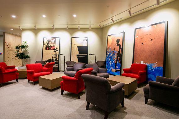 スターバックスのオフィスに潜入! そこは人気商品を生み出すプロ意識とコーヒー愛であふれていた【女子大生の妄想オフィス体験】