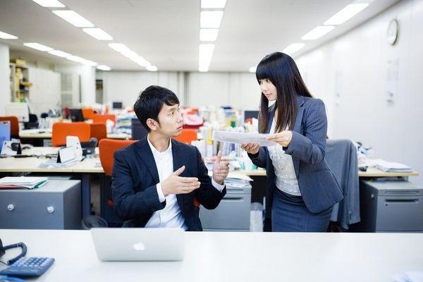 お笑い芸人が「後輩力」を伝授! 会社での人間関係を円滑にするには?
