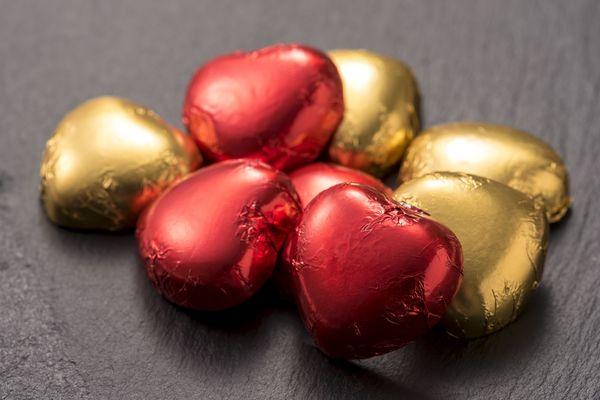 男性→「義理チョコすらゼロ」女性→「あげる人がいない」非モテ男女には残酷なバレンタインのビターな思い出