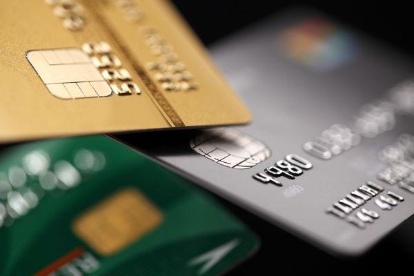クレジットカードでおトクに就活を乗り切るコツ