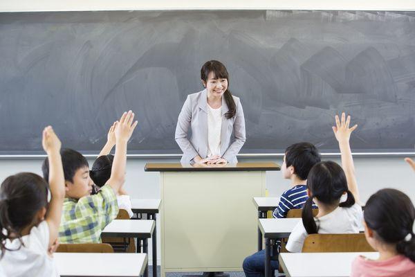 教員採用試験で印象に残る志望動機の書き方【例文&解説つき】
