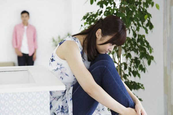 恋人が下ネタ言ったら引く? 男性55.9%、女性67.2%がNG。