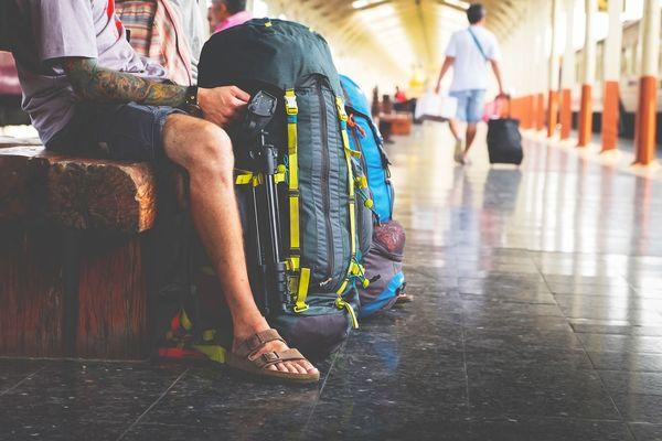 学生時代に体験した貧乏旅行エピソード集「100円台の宿で南京虫に遭遇」「ママチャリで四国一周」