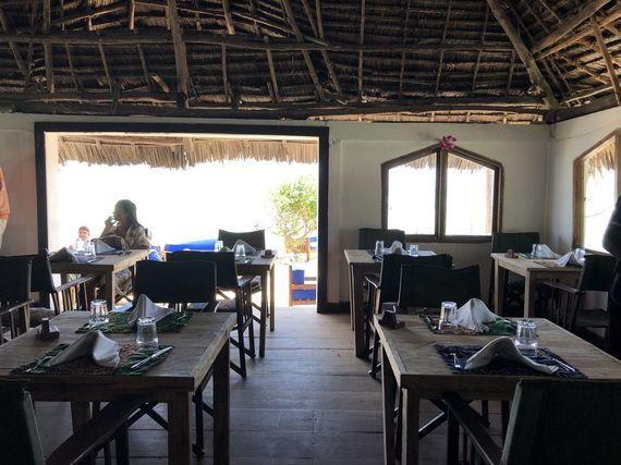 死ぬまでに行きたい! 海の上の絶景レストラン『THE ROCK』 #インスタ映え@アフリカ