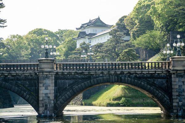 「皇居の気高さに圧倒」「とりあえず山手線を一周」上京者あるある