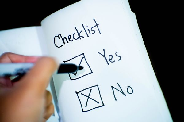 議事録の書き方6つのポイント 押えておきたい項目と注意点とは?