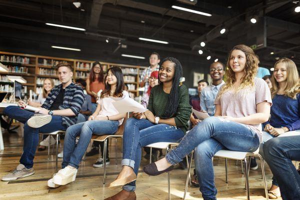 イギリスは11年。ブラジルは? 海外の義務教育制度ってどうなってるの?
