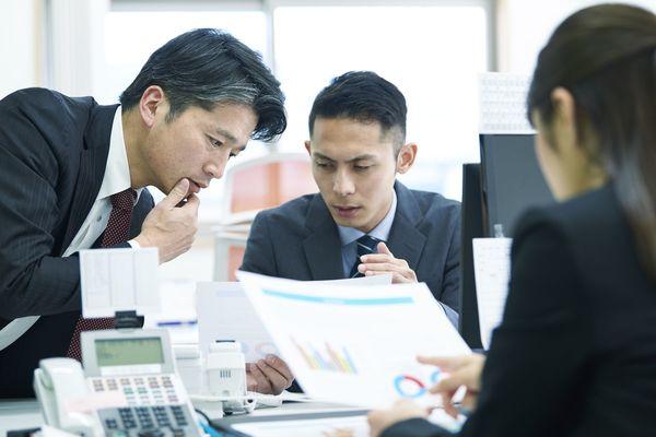 言えるものなら言いたい、上司への一言。「少しはIT勉強しろ!」「定時で帰らせてください!」