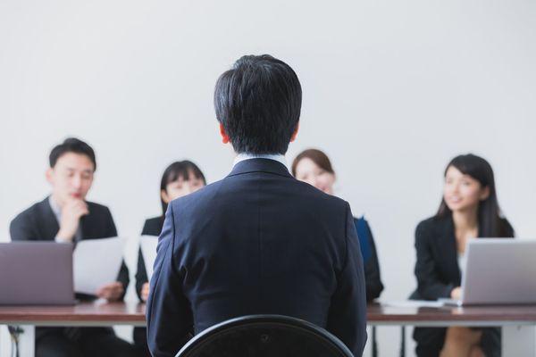 選考段階に合わせた自己紹介と面接の対策 最終面接では何を見る?