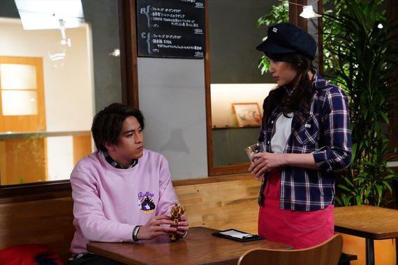 俳優・甲斐翔真は、あまり多くを語らない