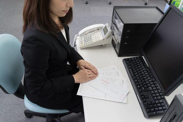 電話対応は選考に影響する? 好印象を与えるコツとは