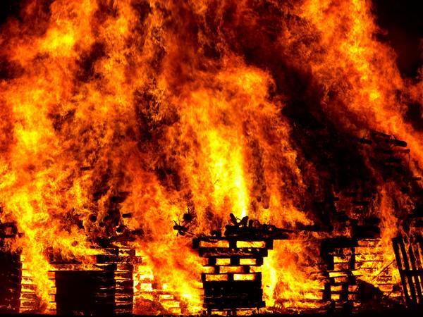 名探偵コナン』の映画版に「爆発」が多い理由とは? 何回爆発している ...