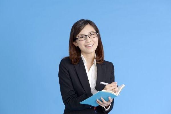 どう書けばいい? 就活で履歴書を送る際の封筒の書き方
