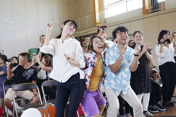 参加者全員が「ハッピーになった」と回答し、何度も笑えて感動できる映画とは!?『ダンスウィズミー』独占試写会レポ