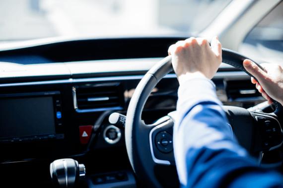 自動車保険の「任意保険」の種類・仕組み・特徴をまとめて解説