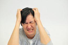 失敗に学べ!悲しい大学デビューの実例7選「髪を染めて全然似合ってない、髪形も変」
