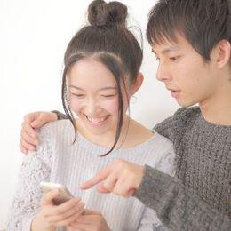 携帯電話の通話料は月8000円以下が80%。チェックしたい通話料金の節約方法