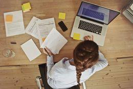 どうやって見つけたの!? 大学生のバイトの探し方調査、スマホを使う人が◯割以上!